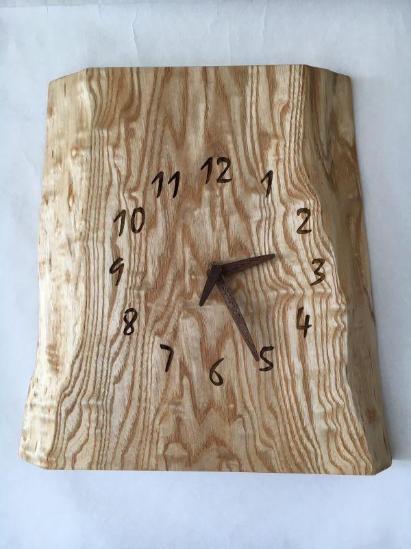 画像1: 壁掛け電波時計 たも杢板 (1)